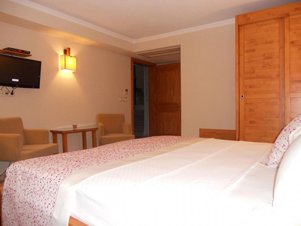 Leylak Hotel